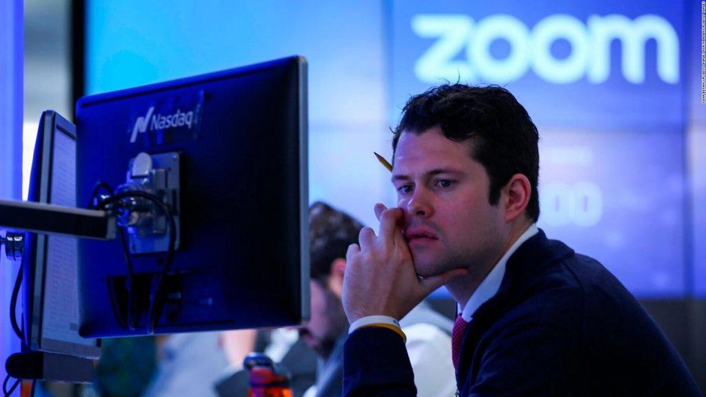 Zoom contrata exjefe de Facebook para mejorar seguridad