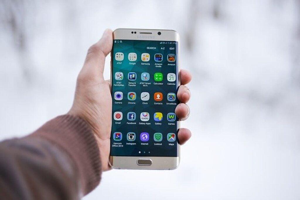 Marocovid: Una aplicación móvil marroquí que identifica a las personas de contacto.