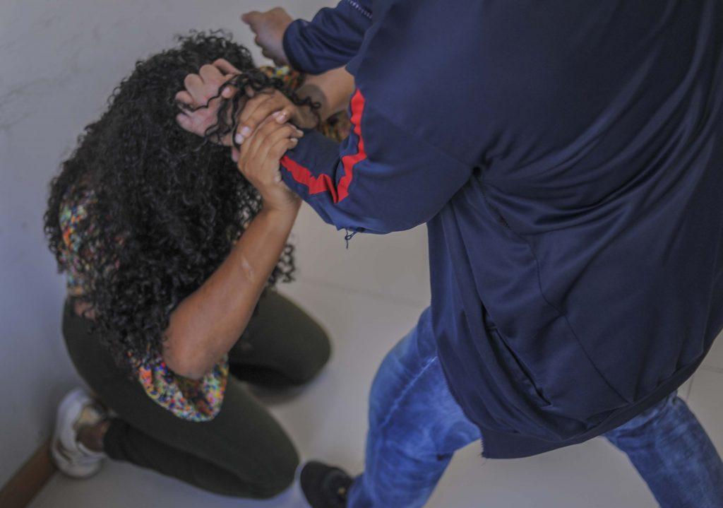 Colombia: Call center en la lucha contra la violencia de género en Bucaramanga