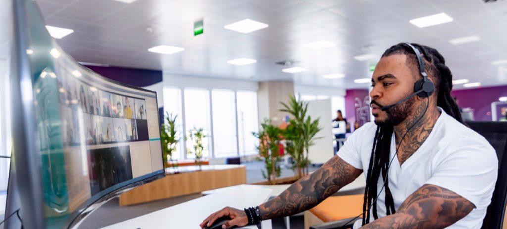 Teleperformance creará unos 15.000 empleos nuevos