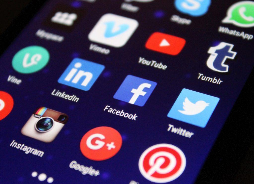 Los usuarios de Facebook e Instagram pueden apoyar a las pymes