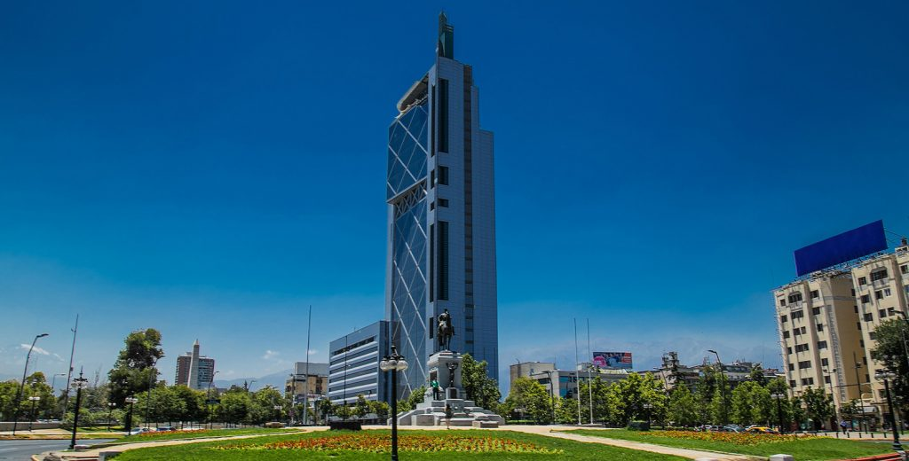 Chile: Telefónica vende 60% de su FTTH a KKR