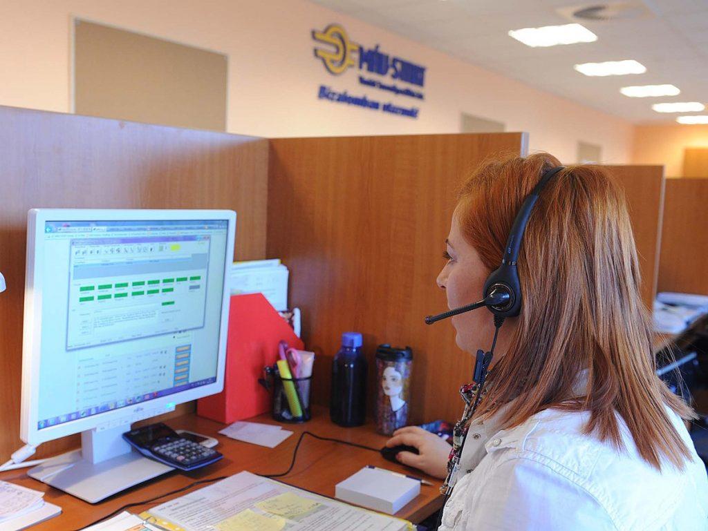 Un truco para hablar directamente con el operador de call center saltando al robot