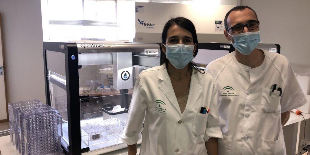 Uruguay: Call centers complementan equipo médico para la atención domiciliaria y equipo robotizado para diagnóstico de pcr