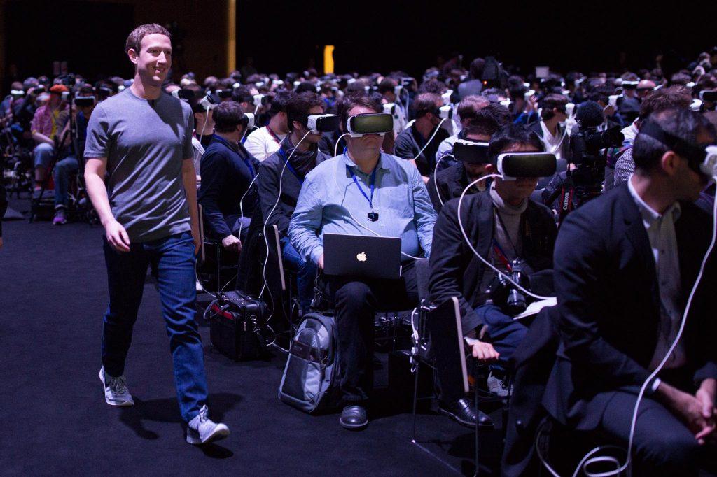"""La realidad virtual se está desarrollando """"más rápido de lo esperado"""", según Mark Zuckerberg"""